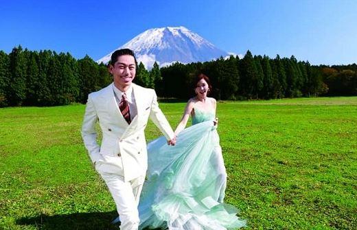 Chồng Lâm Chí Linh bị cách ly và xét nghiệm sau khi tiếp xúc với ca sĩ Nhật mắc Covid